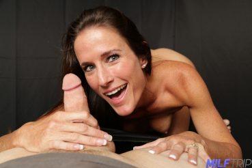 Sofie gives a cock a good hand job